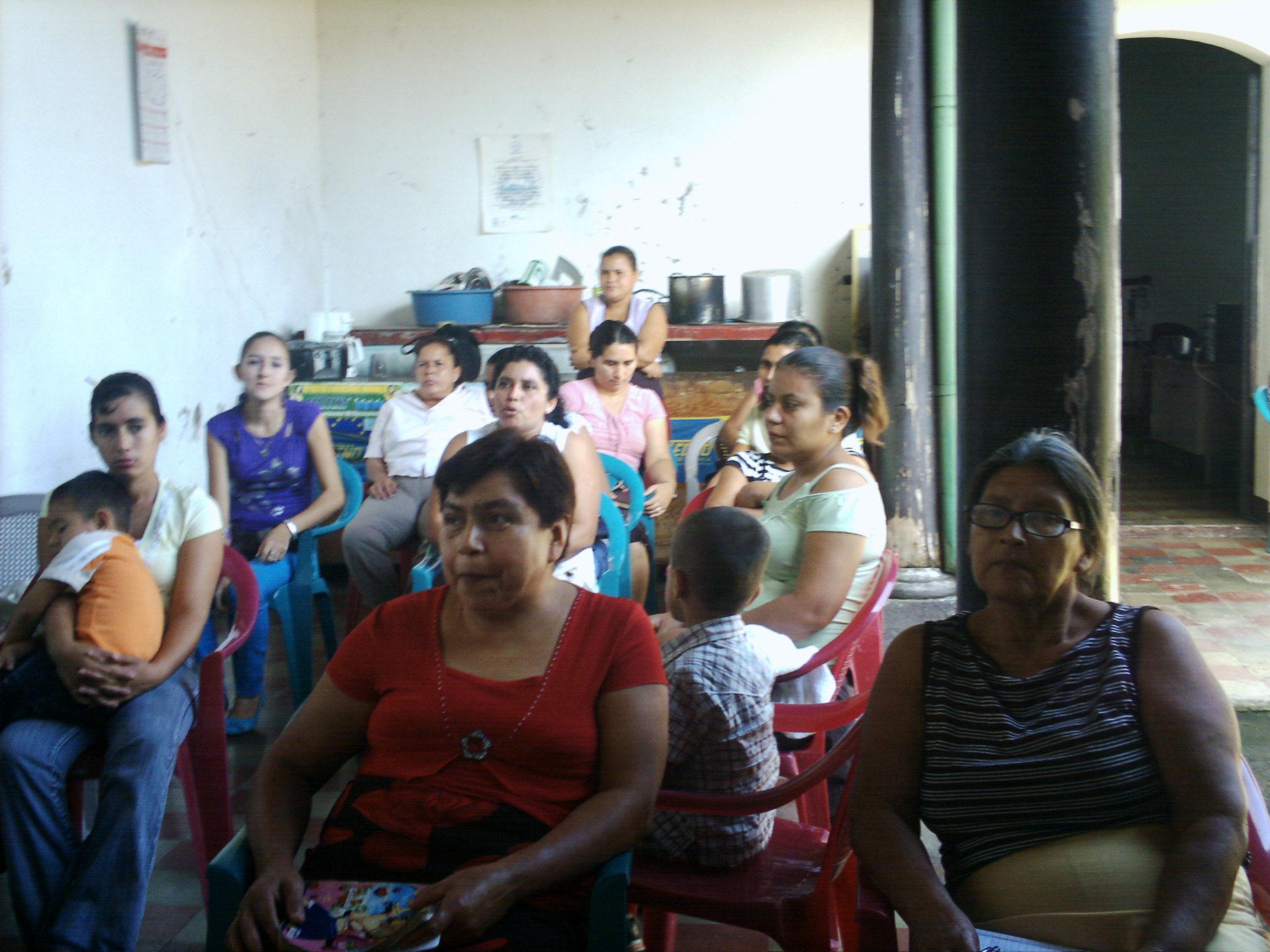 Participantes en la capacitaci