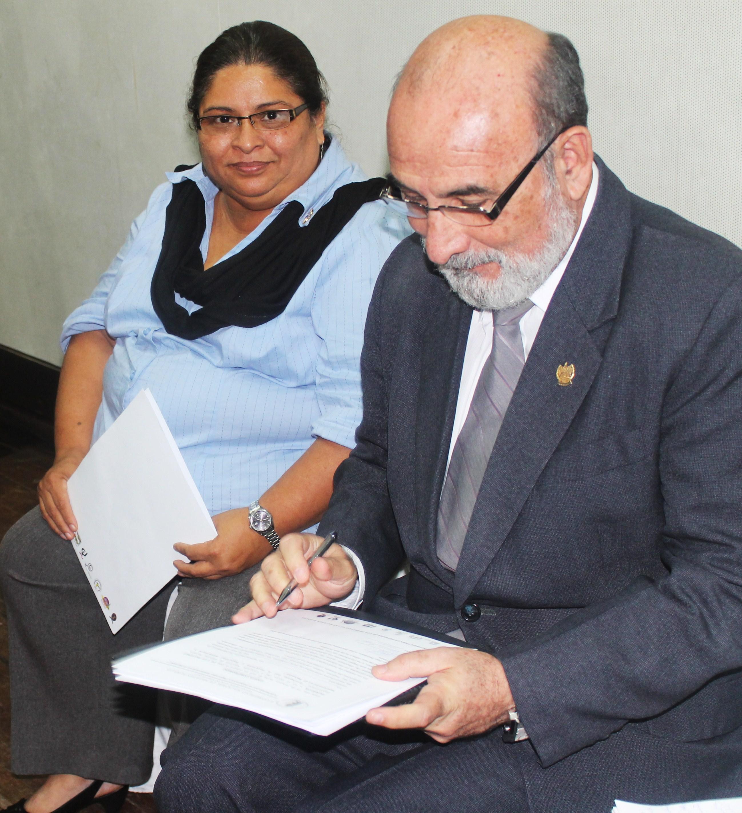 REDES participa en el II Congreso Nacional de las Mujeres Rurales en El Salvador