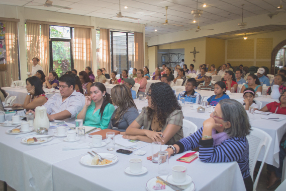 REDES presenta investigación sobre mujeres rurales y alimentación